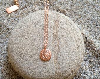 Pave Diamond Rose Gold med Circle Pendant