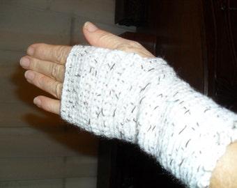 "Ladies hand crocheted ""fingerless"" gloves. In cream and brown textured ""tweed'' pattern. Fits smaller ladies hands."