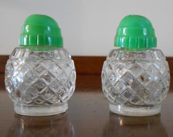 50's Retro Vintage Glass Salt and Pepper Shakers Plastic Green Caps
