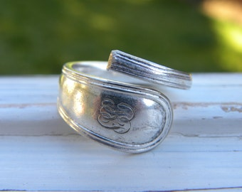 Spoon ring - silver plated - antique or vintage - smooth and simplistic pattern - size 9 1/4 - monogrammed - rustic re-purposed cutlery