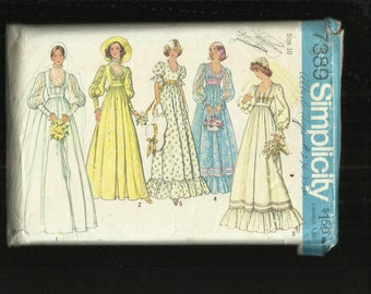 Vintage 1976 Simplicity 7389 Garden Wedding Gowns & Bridesmaid Dresses Size 10