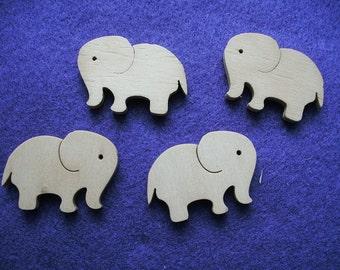 4 elephants, wood, 3,5 x 3,5 cm (10-0011B)