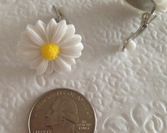 Daisy Flower Play Clip Earrings for your Lil Princess.