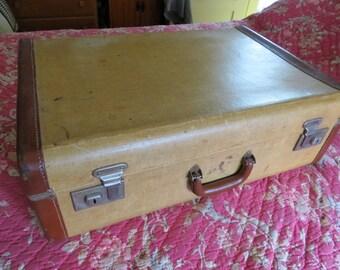 Nice Large Antique Straw Suitcase, Travel, Train, Hobo Case, Luggage