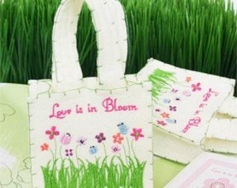 Love is in Bloom Felt Floral Flower Favor Bag - Pkg 24