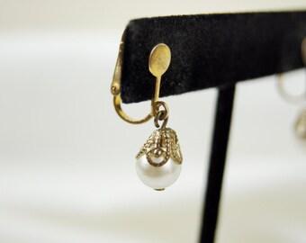 Vintage 1950's Faux Pearl Clip On Earrings