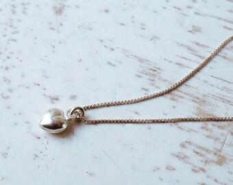 Silver Tiny Heart Necklace / Heart Necklace / Silver Heart Necklace / Sterling Silver Heart Pendant / Silver Heart Bea