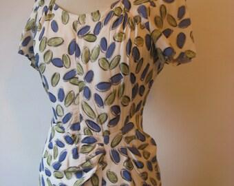 SALE Beautiful original vintage 1950's 50's Novelty print  dress size M Sarong style wiggle dress with lozenge print