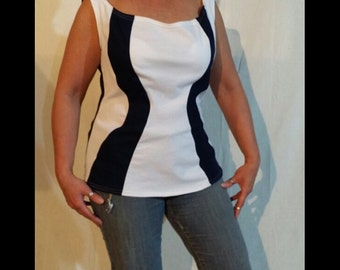 Blue and White Sleeveless Top - Sz Med