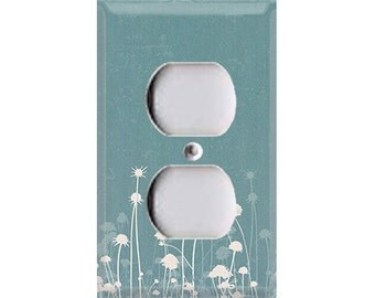 Nature Lover Collection - Dandelions Outlet Cover