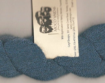 70/20/10 Qiviut-Merino-Silk, Sapphire Lace weight, 300yds/oz, 1 ounce skein