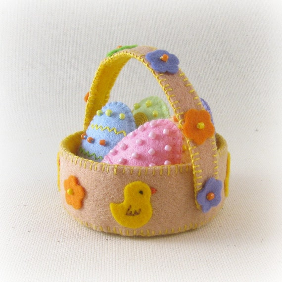 Mini Felt Easter Basket, Easter decoration, Home decor, Felt Easter Eggs