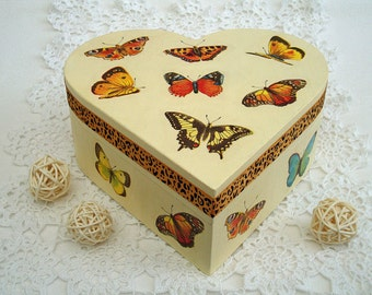 Gift for her wooden box keepsake box trinket box gift for mom accessories box Valentines gift heart box jewelry box butterfly box wood boxes