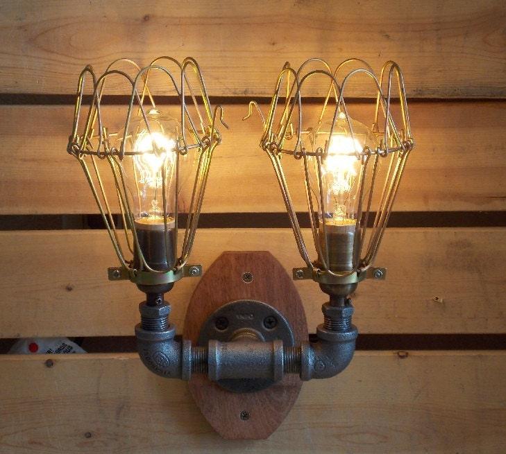 Vanity Lights Etsy : Industrial Wall Scounce Vanity Light by Splinterwerx on Etsy
