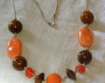 "Necklace ""ethnic"" ceramic, cotton and wood"