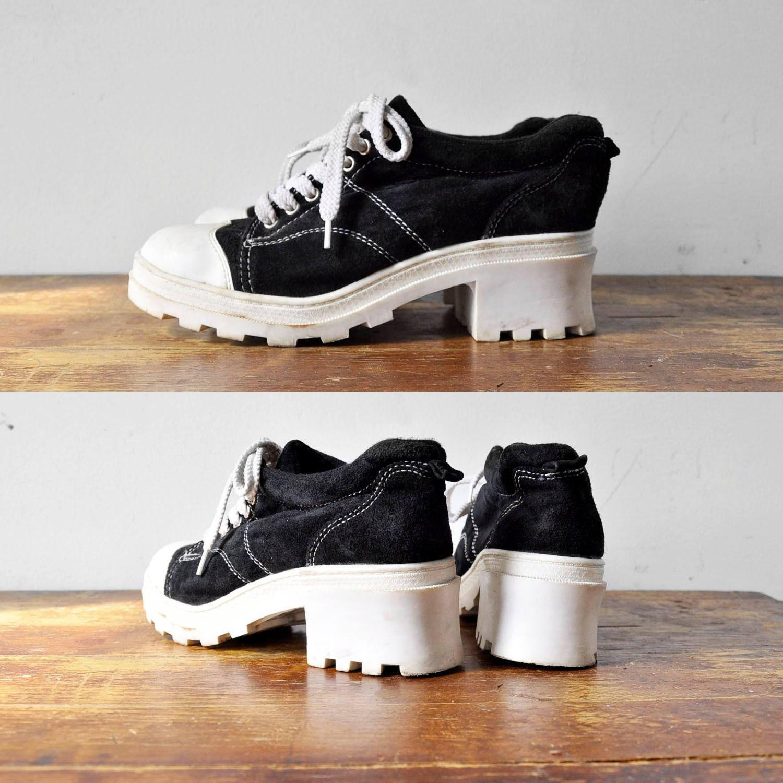 vintage amazing 90 s platform tennis shoes 8 5