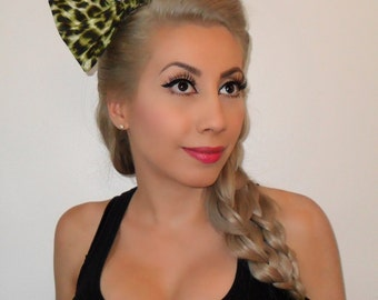Green Leopard Hair Bow- PinUp - Rockabilly – Psychobilly