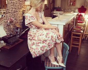 BELLA - Floral, full circle skirt tea dress, bridesmaid dress - vintage wedding - pink and cream rose floral print cotton, petticoat