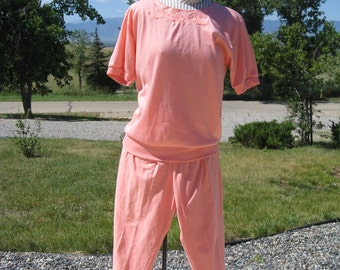 2 Piece Womens  Vintage Summer Coral/Salmon/Peach Cotton & Spandex Tunic Shirt, Stirrup Pants/Leggings Size Small/ 2 Piece Leggings Tunic S