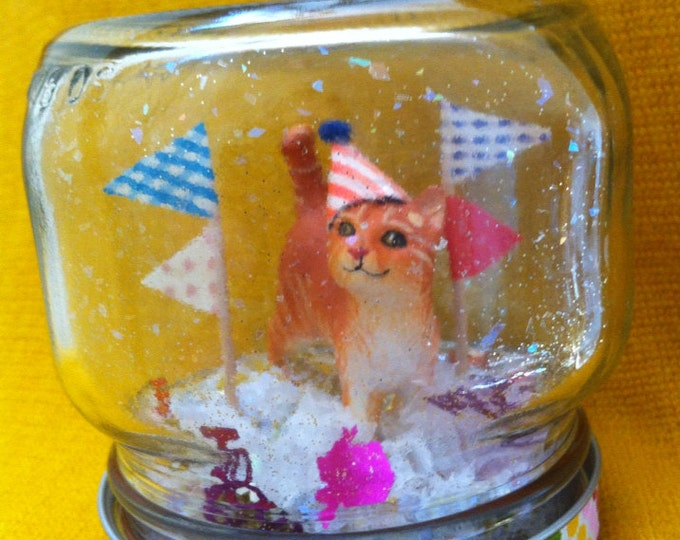 "Party Animal ""Snow Globe"" - Cat!"