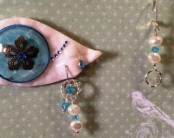 Perfect Gift  for Mothers Day! Eye Catching Brooch made of polymer clay & mixed metals with Matching earrings.