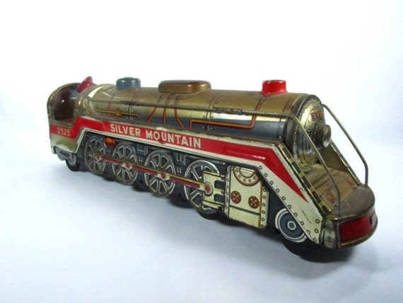Old Toy Trains : Toy train vintage trainsilver mountaincollectible metal