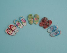One pair of Flip flops from a Choice of 5 Colours and Styles - 1:12 or 1/12 Scale Dollhouse Miniatures for Beach, Garden, or Vacation