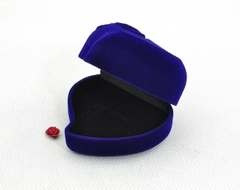 2 pcs of Heart Ring Box in 55 X 60 X 40mm