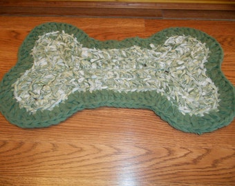 Custom Crocheted Dog Dish Mat. Your choice of colors. Made from upcycled sheets.