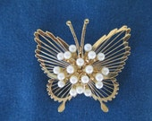 Vintage Monet Gold Tone Butterfly Brooch With Pearl Center
