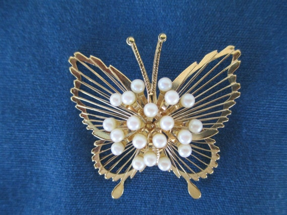 Vintage Monet Gold Butterfly Brooch With Pearl Center Vintage