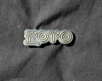 Brushed Silver EOTO Hat Pin