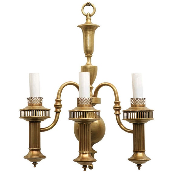 American Colonial Brass Oil Lamp Wall Sconce