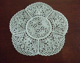 Lace Doily Lilies (mint green) Lilly lace doily