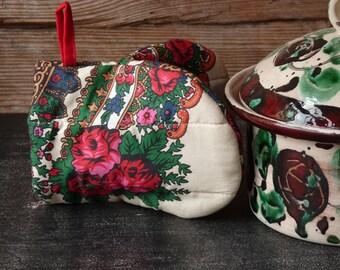 1 pc Oven Mitt, Ukrainian/Russian scarf floral ornaments, Floral oven mitt, Potholder, Milkwhite, Floral pattern
