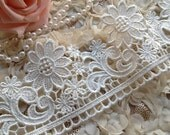 Ivory Flower Embroidery Lace Trim Bridal Wedding Sash Lace Supplies 3.54 Inches Wide 1 Yard