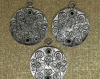 6 PC Flat Round Pendant , Charm, Antique Silver Color. Ships from Los Angeles, USA