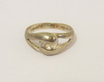 Vintage Sterling Silver Twisted Ring Size 9