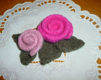 Felted Roses in Two Sizes_PATTERN