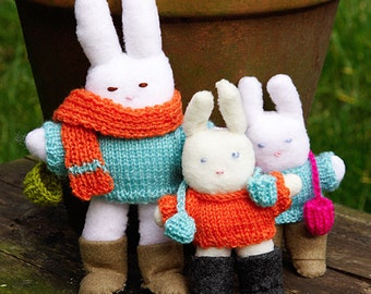 Warm woolly jumpers for bunnies