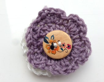 Grey and White Pin, Gray Pin, Yarn Pin, Wool Pin, Grey Yarn Brooch, Grey Wool Brooch, White Yarn Brooch, White Wool Brooch, Flower Brooch