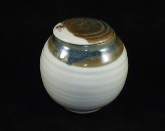 Lidded Jar with Bee Rim