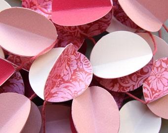 3D Paper Garland pink
