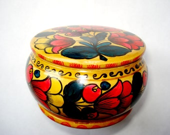 Round Wooden Floral Trinket Box, Traditional Russian Hand Painted Box,1950s