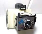 Polaroid Land Electric Zip Camera white  - Vintage camera - instant camera - colorpack - polaroid 80