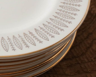 10 Inches Royal Knight Traditional Dinnerware 22k Gold Vintage Dinner Plates / Saucers with Leaves / Branches / Feathers / Arrows Pattern