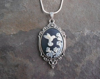 "Stunning Ivory Hummingbird (on a black background) Cameo Pendant Necklace---.925 plated 22"" Chain--- Great Quality"