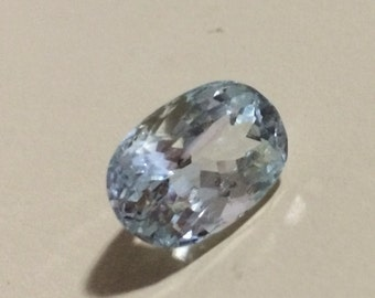 13.5ct VS 100% Natural Blue Aquamarine oval cut. Video available.