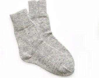Women's knitted lambswool Socks/Gray/natural white/winter socks/woolen socks