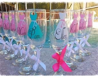 Bride bridesmaids gift personalized monogram champagne flute choose your vinyl colors (1 Glass)